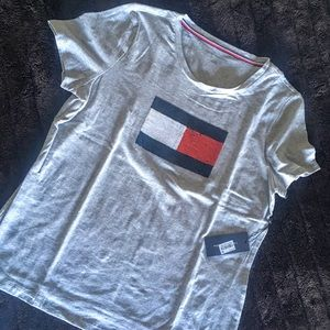 Tommy Hilfiger Sequined Flag T Shirt, L